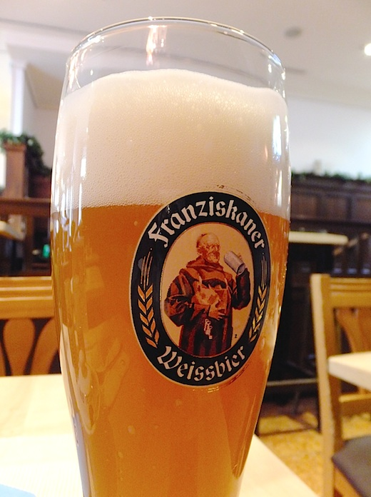 ミュンヘン白ビール1.jpg