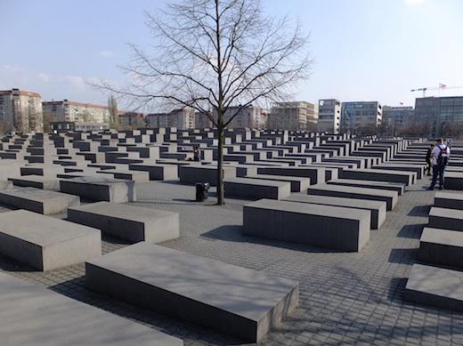 ユダヤ記念碑1s.jpg