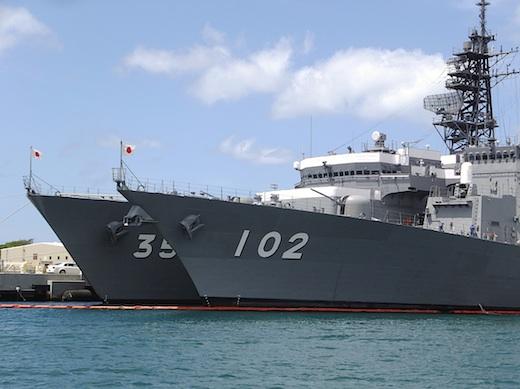 13真珠湾自衛艦3s.jpg